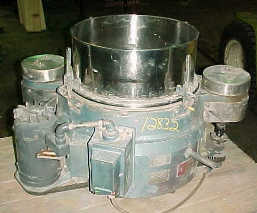 M AND M MACHINE SINGLE DECK SIFTER