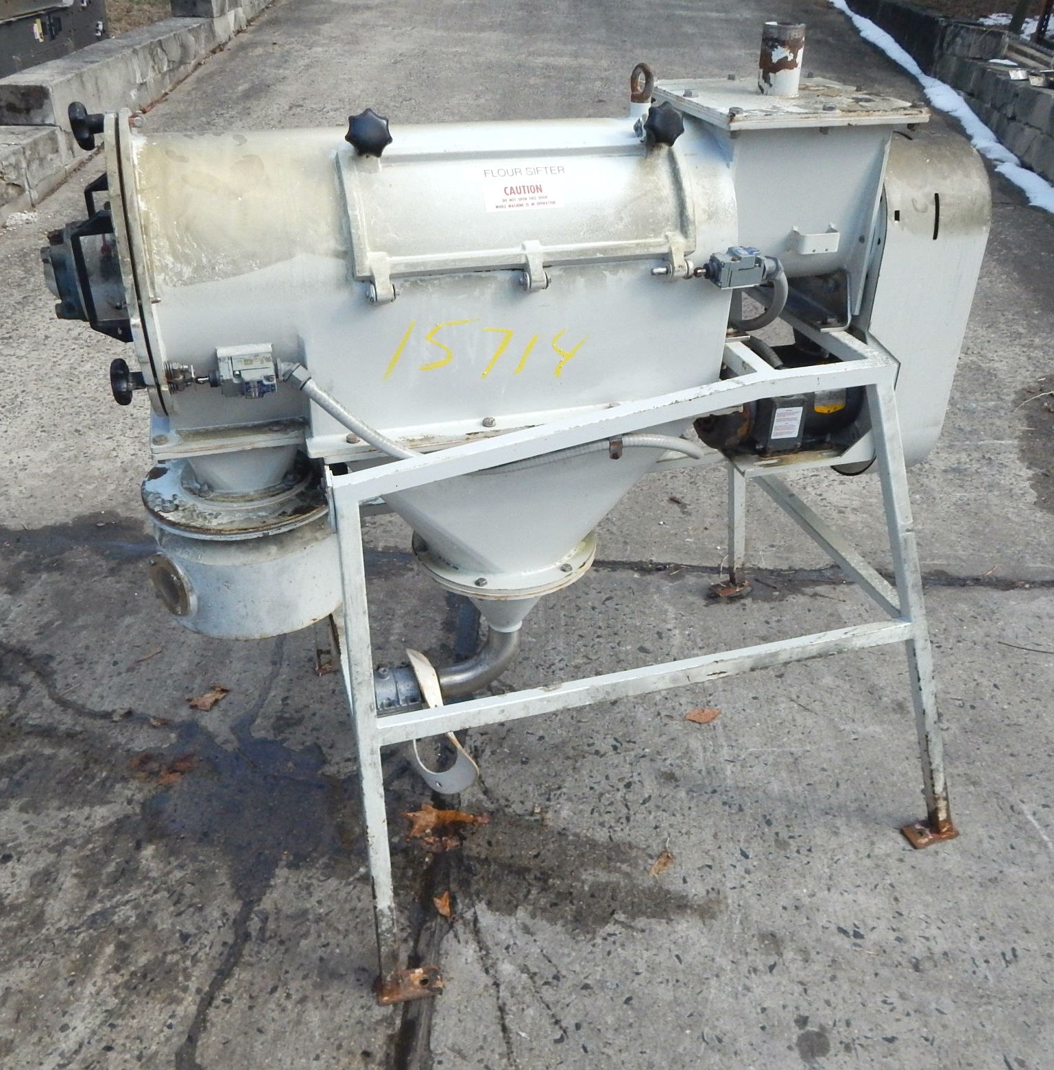 AZO CYCLONE SCREENER