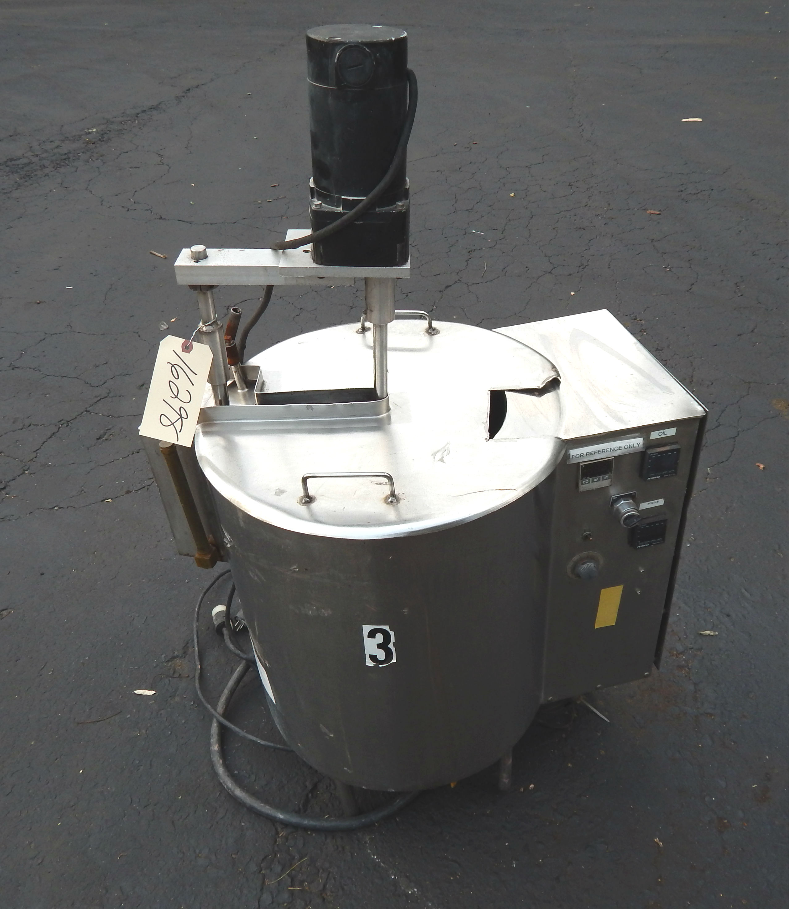 10 GAL ELECTRIC KETTLE